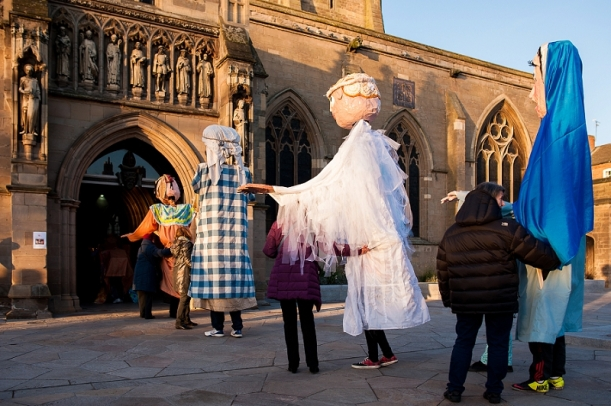 RuthJoyPhotography_ cathedral_puppets-44
