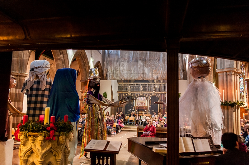 RuthJoyPhotography_ cathedral_puppets-62