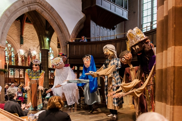 RuthJoyPhotography_ cathedral_puppets-71
